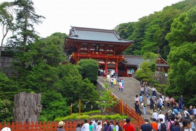 鶴岡八幡宮へのアクセス方法