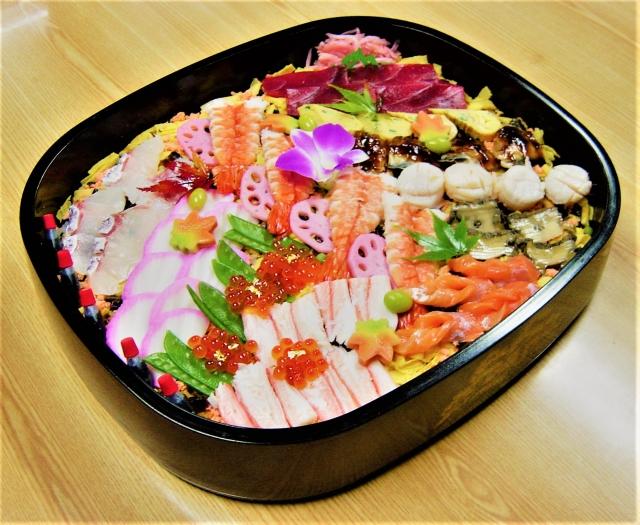 ひな祭りにちらし寿司を食べる由来,ひな祭りにちらし寿司を食べる理由,ひな祭りにちらし寿司を食べる意味